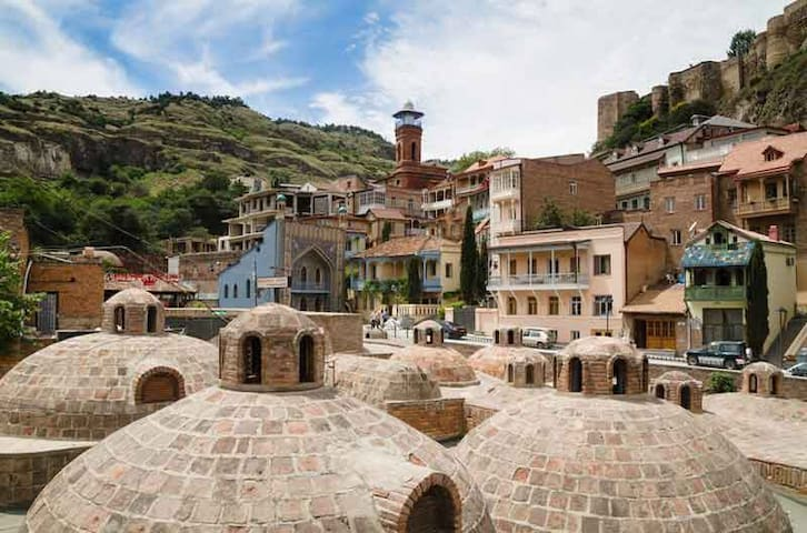 Старый Тбилиси,Возле Бань.Old Town.Centre.Baths