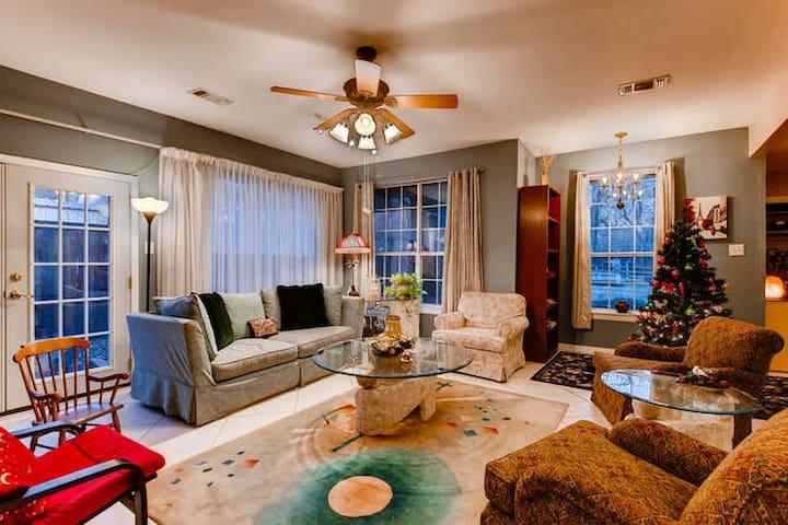 Living Room, Piano & Big Screen TV