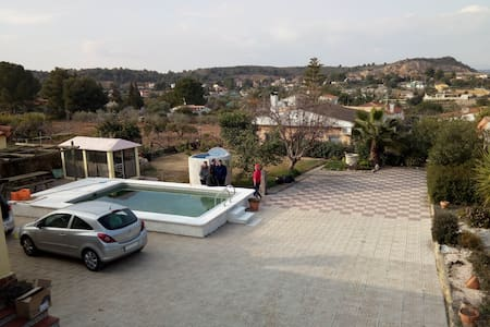 Villa with pool and place for BBQ or paellas - Vilamarxant - Hytte (i sveitsisk stil)