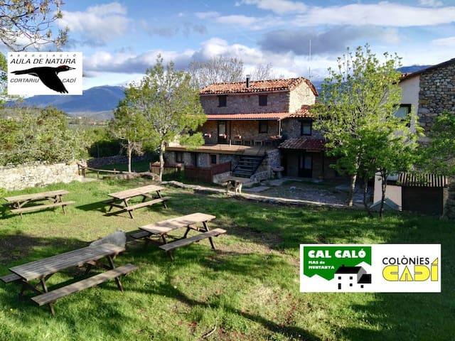 Casa per grups (max60pax) Cal Caló-Colònies Cadí