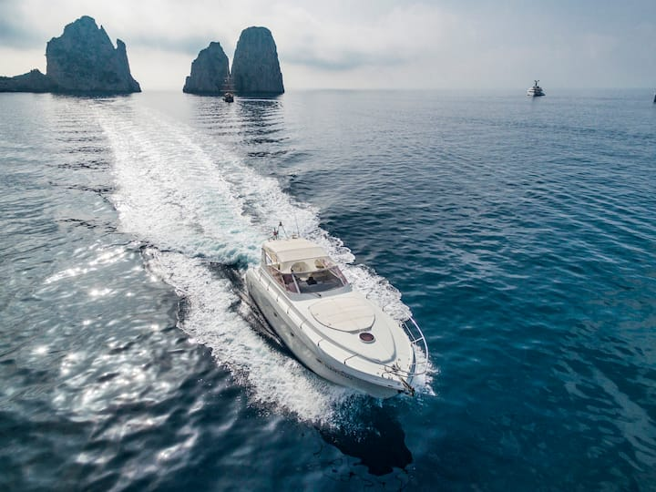 Capri Boat Tour on Raffaelli Shamal 40