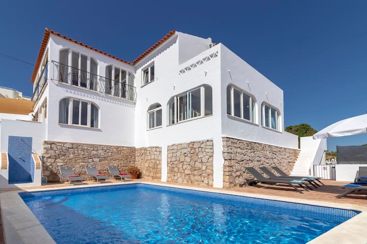 Villa James, Ocean Views, Heart of Village, 7 Bedroom,  Pool