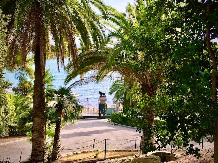 Port Tamaris T2 avec piscine dans magnifique parc