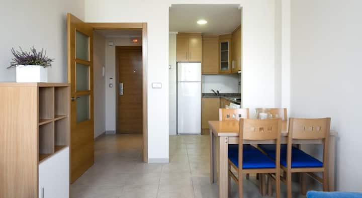 Apartment with pool 150 meters from the sea