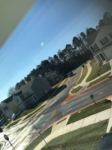 Luxury Living New Home - Charlotte - Σπίτι