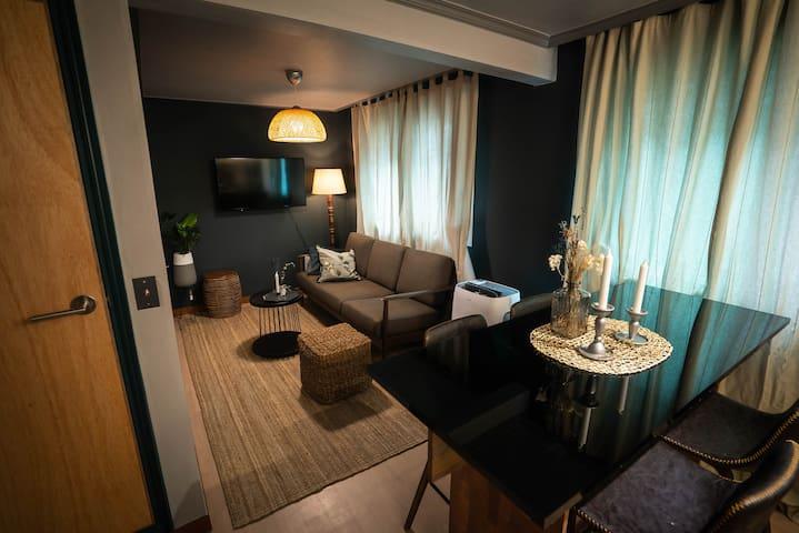 Designer's stylish 2 bedroom house in Hapjung