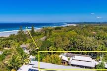 1 house away from beach