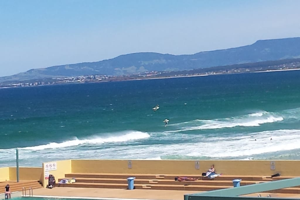 Port Kembla ocean, next to pool. 6 minutes drive away