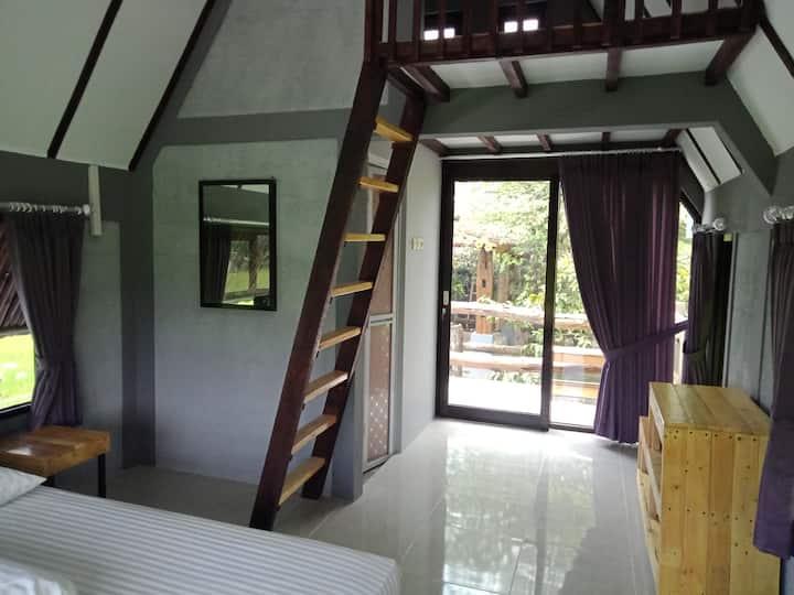JOGLOPARI Guesthouse room 2