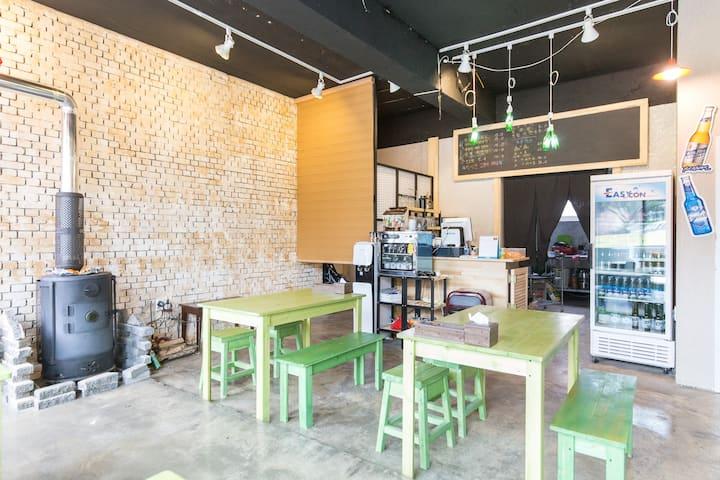 15mins airport 봄날,GD cafe,애월게스트하우스