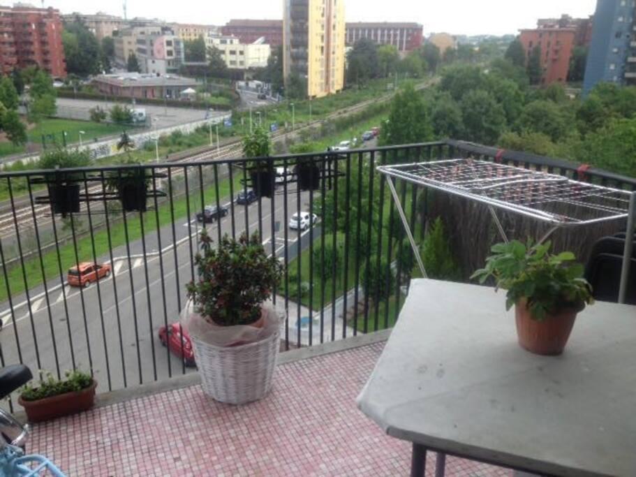 Monolocale mq 27 zona porta romana corso lodi for Appartamenti in condivisione milano