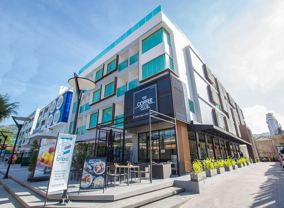 The bloc hotel boutique hotels for rent in phuket for Boutique hotel phuket