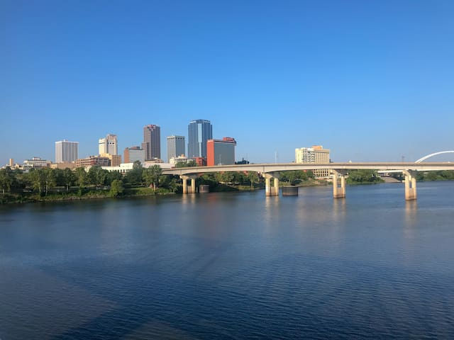 Little Rock downtown view from the Clinton bridge