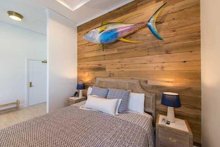 Oceanfront Deluxe Balcony Suite