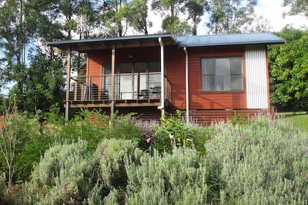 Georgica Kookaburra Cottage
