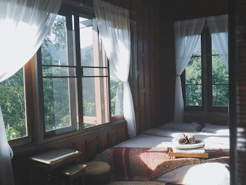 【Mountain See】living in forest/sunshine  bedroom