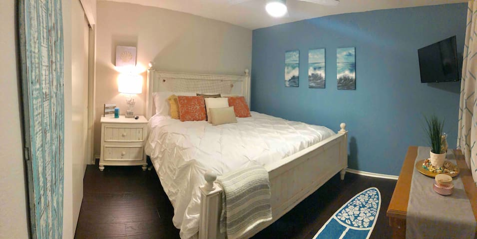 Beach Themed King Bedroom close to it all!
