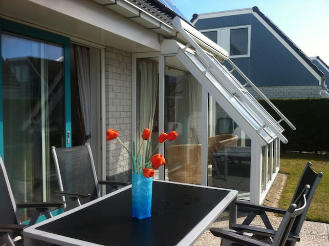 Holiday Home near the beach (700M) - Sint Maartensvlotbrug