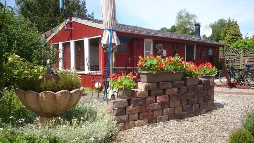 Gartenparadies, Nähe Nordsee Inseln - Süderlügum - Blockhütte