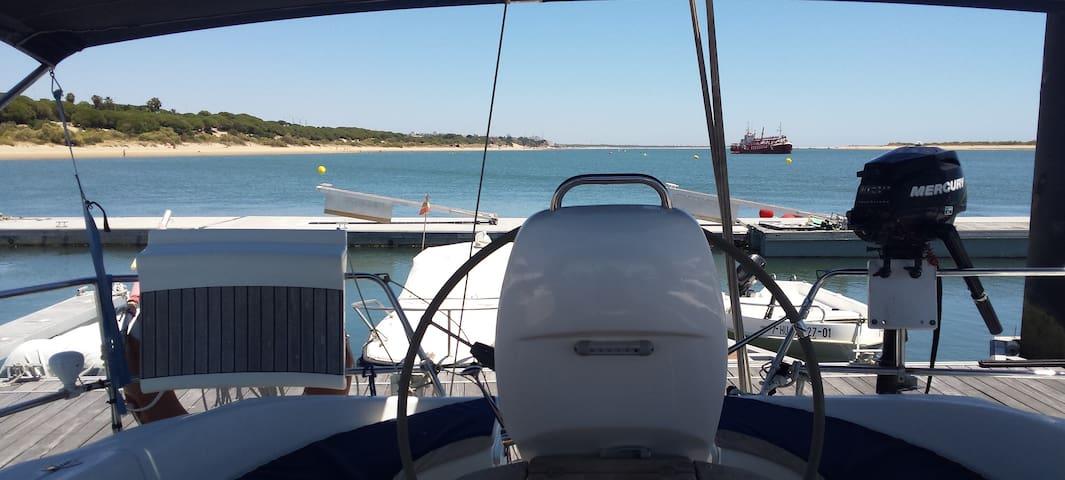 Casa barco en Paraje Natural Marismas  Río Piedras - Nuevo Portil - Boot