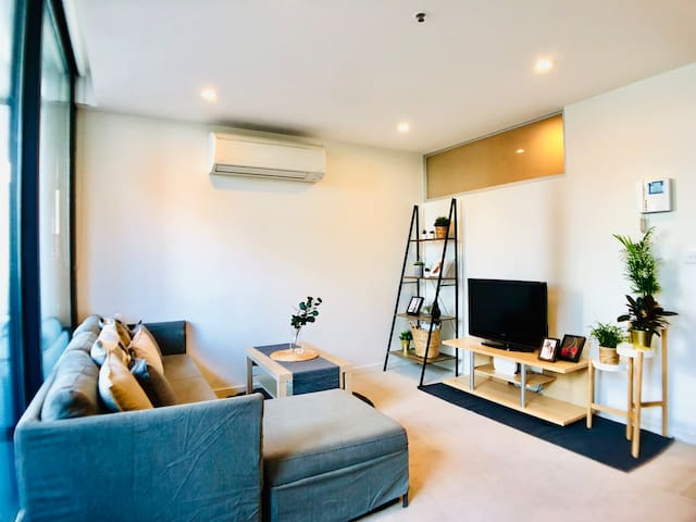 Modern Apartment in the heart of Melbourne Central