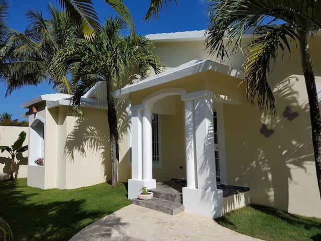 Charmante villa 3 chambres/3 SDB proximité plage