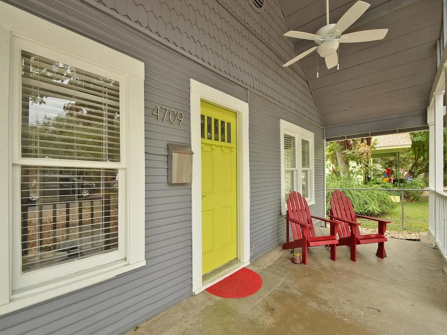 Front porch - great for people watching!