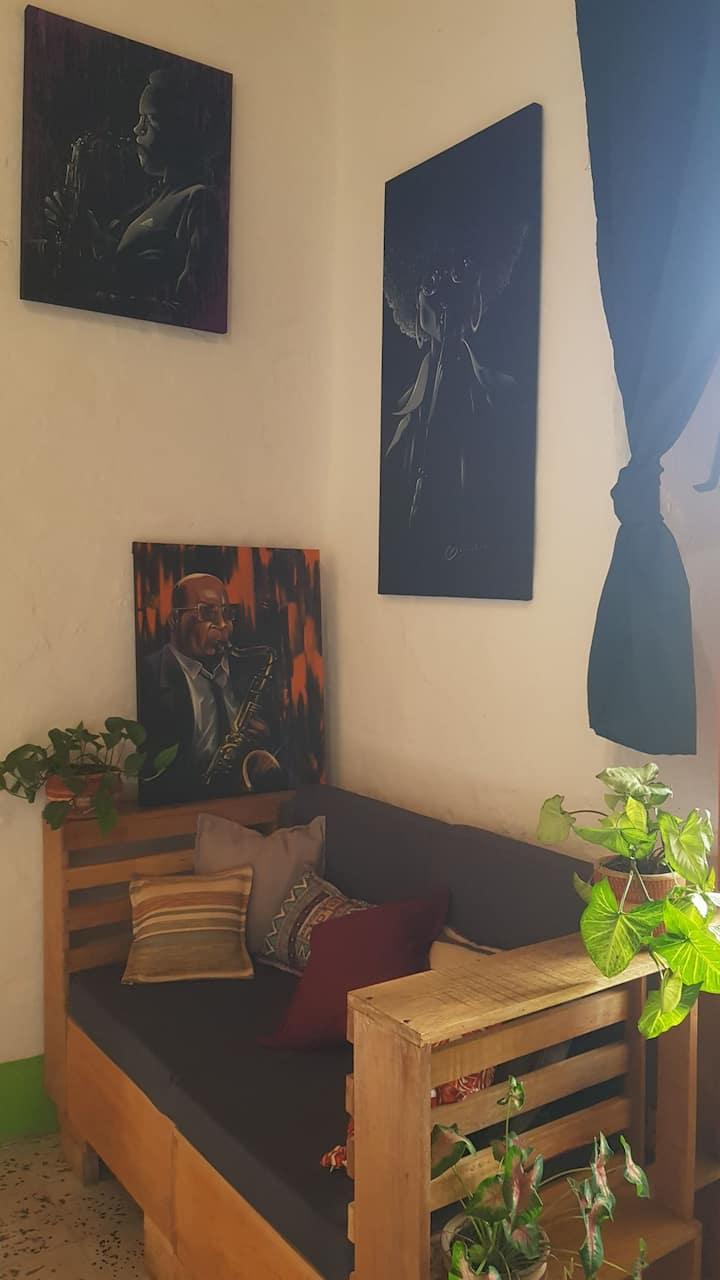 Habitación familiar o pareja doble en casa de arte
