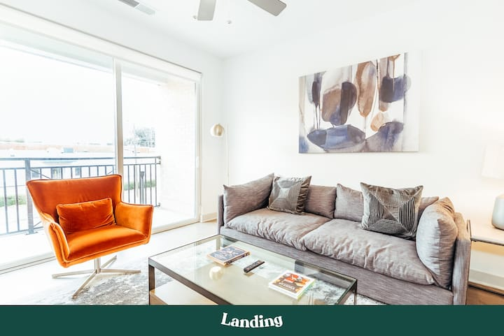 Landing | Modern Apartment with Amazing Amenities (ID220760)