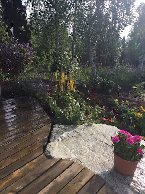 Garden property with a beautiful view lake & Mtns