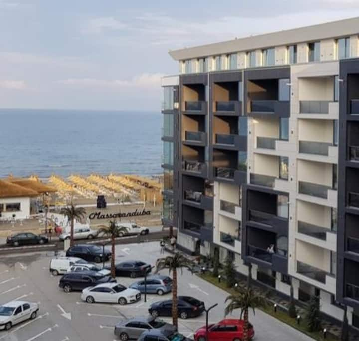 Mamaia Nord Apartament pe malul mării BuildingStef