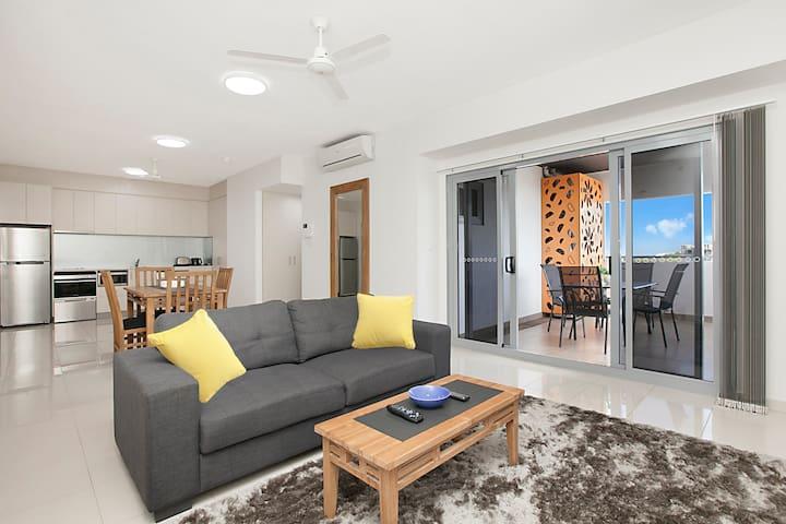 Family Apartment sleeps 5 inc breakfast, wifi,pool