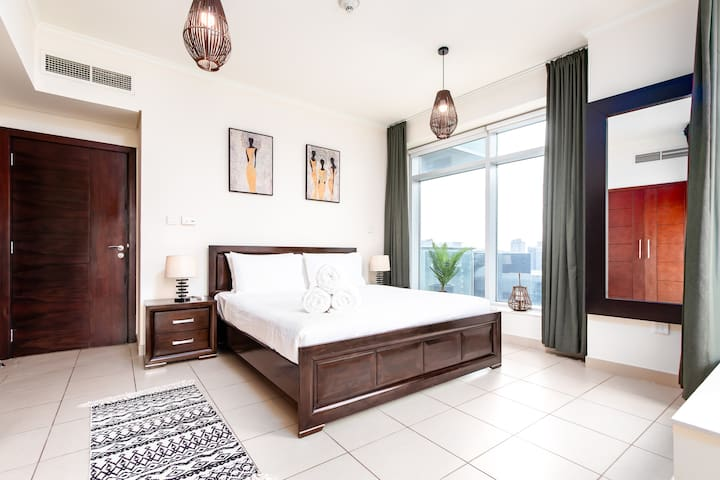 Master Bedroom with balcony overlooking Downtown Dubai