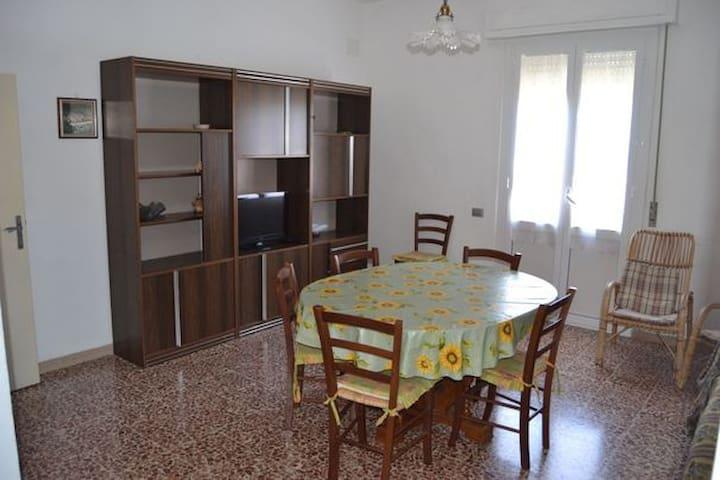 Appartamento a Cecina Mare - Cecina - Huoneisto