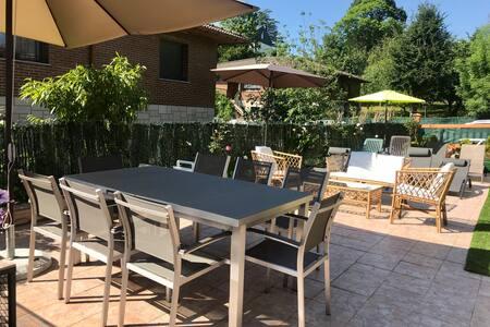 Casa en Oiartzun con piscina y barbacoa