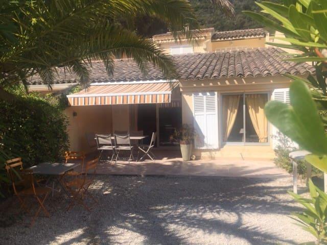 Mazet 50 m2 avec jardin - Pramousquier Le Lavandou