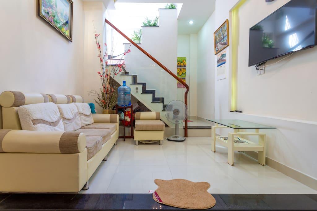 Ground floor: sitting room