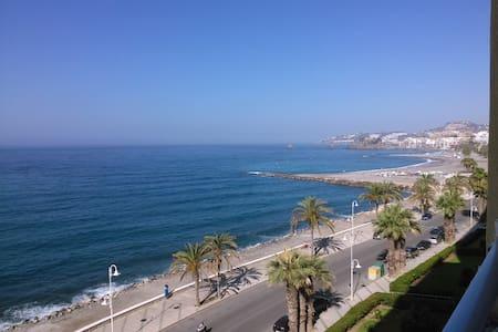 Bonito apartamento con vistas al mar. - Velilla-Taramay - 公寓