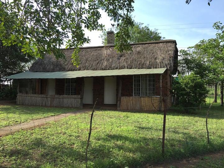 Dinedor Farm Cottage