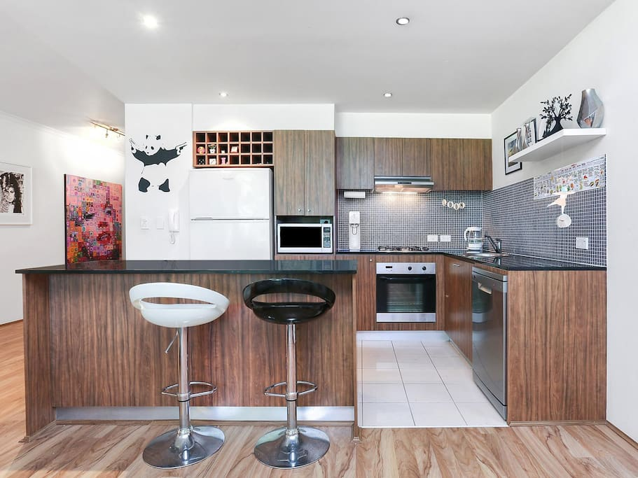 Spacious open plan kitchen/dining and lounge area,
