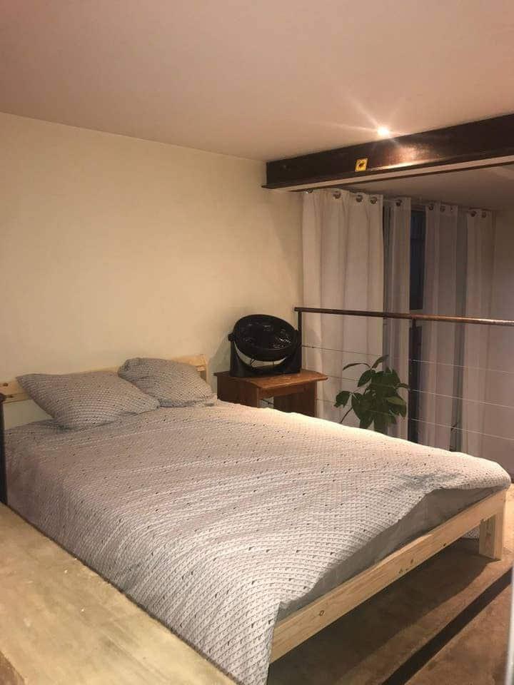 Chambre dans un beau logement - buttes de Chaumont