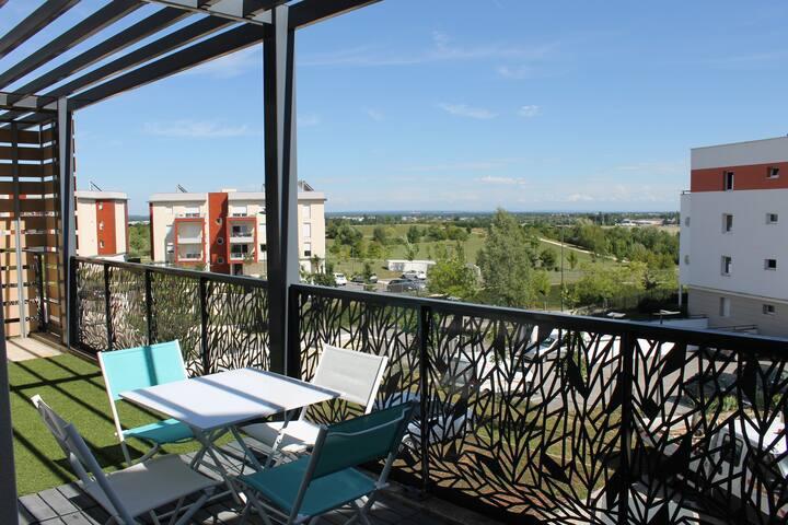 Appartement T3 Accès direct Rocade et CHU Bocage