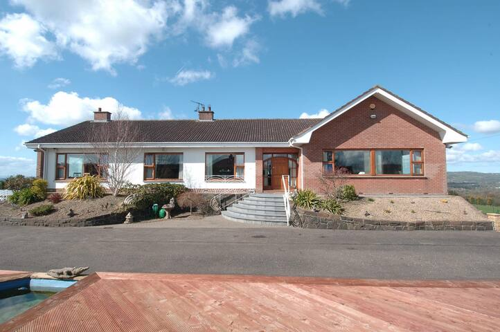 Airport Locality , Templepatrick - Muckamore - Bungalow