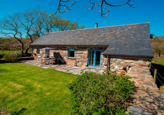 Hebog Bach with delightful sea view - Criccieth - Ev