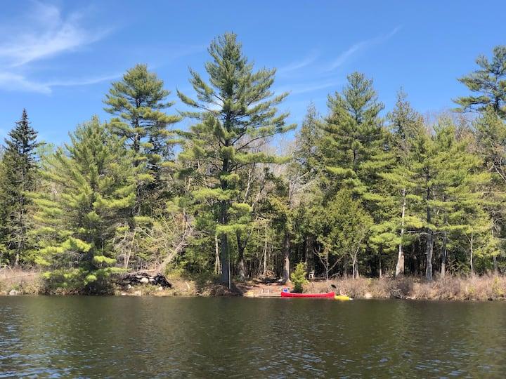 Moose Pond, views of Shawnee Peak, water access