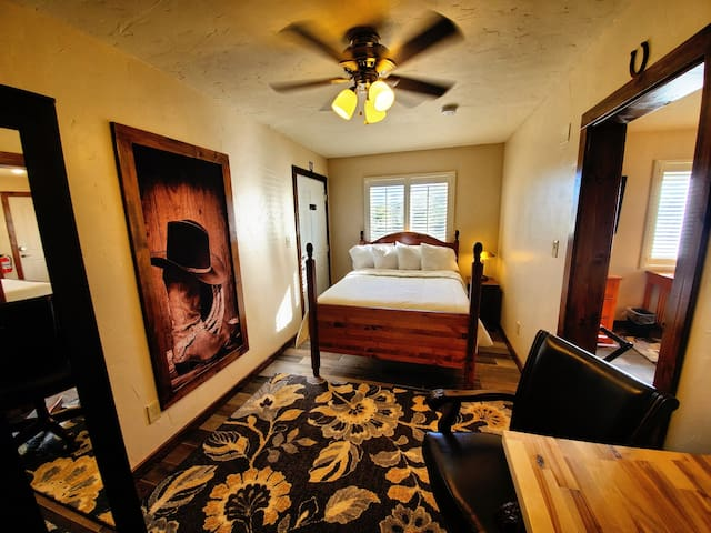 Bedroom #2 with double bed