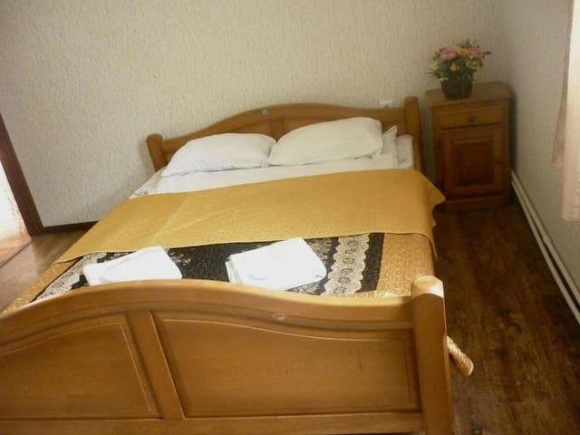 Уютные номера в  Guesthouse Viatka Tbilisi