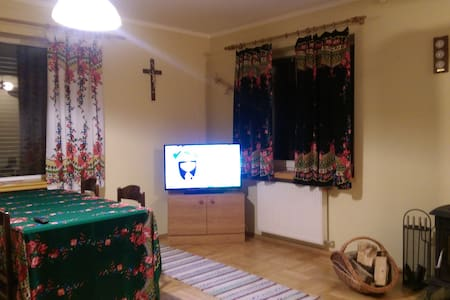 ORAWSKA CHATKA - DOM W GÓRACH - Zubrzyca Dolna - Hus