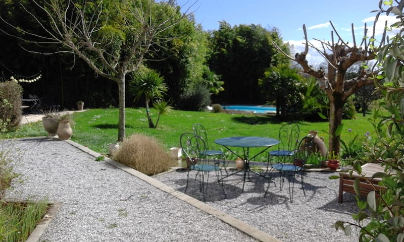 Beautiful family house in the bask Pyrenees ! - Béhasque Lapiste - Huis