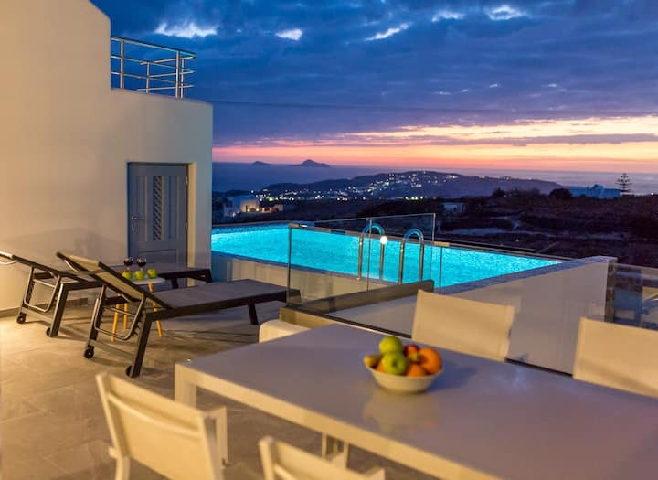 NEW Lux Maroussi Villas with Prive Pool & Elevator
